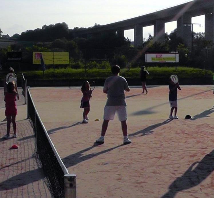 In Ausbildung zum Tennisassistent